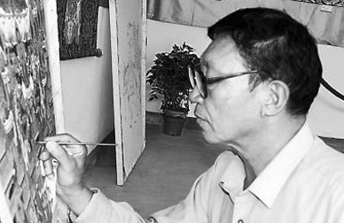 Mr. Xi Hedao, Chinese arts and crafts master, tangka identifying expert, visited Rong Hui Art Center